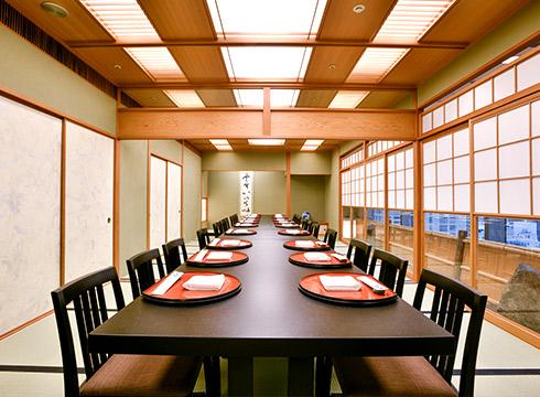 【8月】 平日ランチ・女性限定個室プラン 「撫子(なでしこ)プラン」