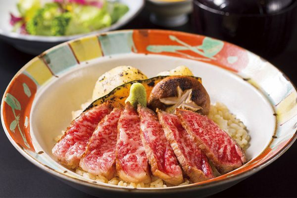 【火・水・木曜日の数量限定ランチ】「黒樺牛ステーキ丼」