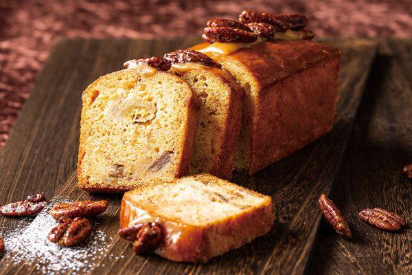 【マンスリーケーキ】キャラメルとバナナのパウンドケーキ