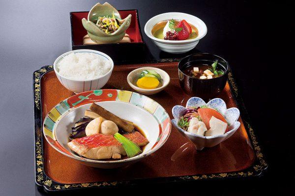 【平日のみ・数量限定ランチ】 12月「煮魚定食」