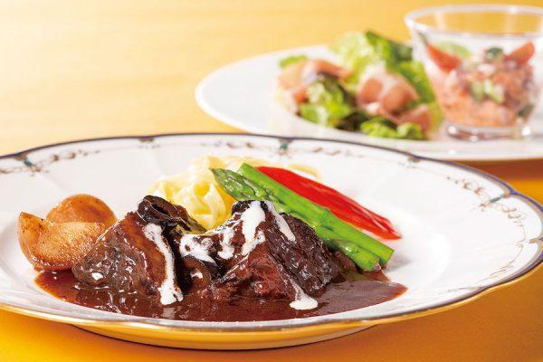 【6~7月・プレミアムランチ】牛ホホ肉の赤ワイン煮