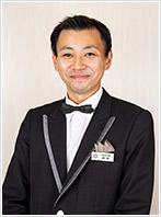 店長 西田 基