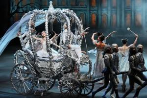 バレエ&クリスマスディナー「シンデレラと魔法の聖夜」