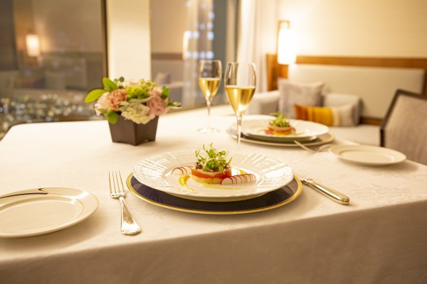 STAY&DINING_02