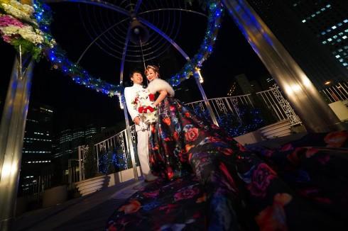 新宿の夜景とともにカリヨン広場で写真撮影 晴れてよかったです♪
